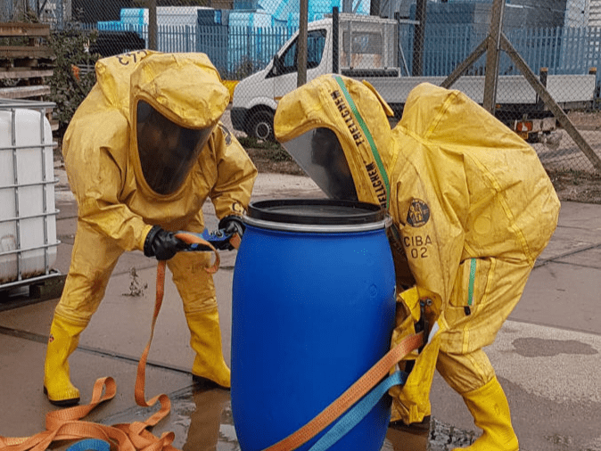 people responding to chemical emergency